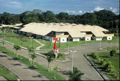 Em Porto Seguro a universidade está funcionando provisoriamente no Centro de Convenções.